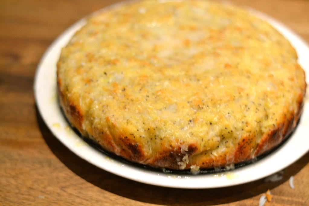 Lisa Bakes: Jamie's Lemon Drizzle Cake