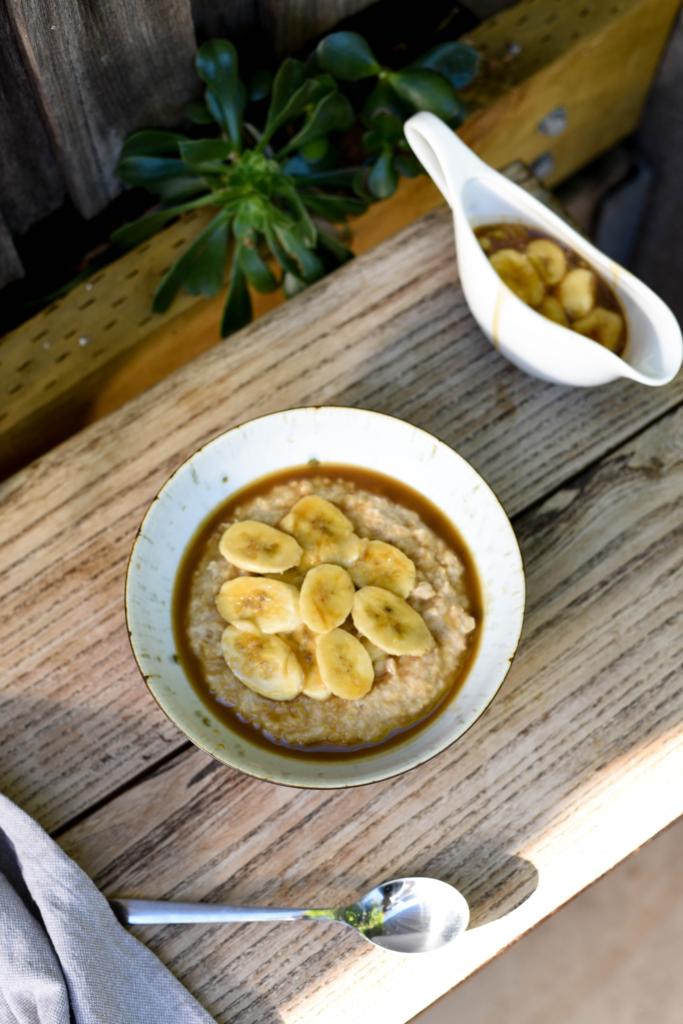 Cinnamon Porridge with Caramelised Bananas
