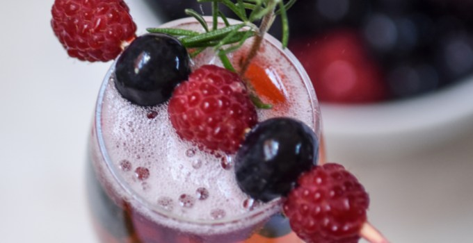 Redcurrant, Cranberry & Pomegranate Bellini