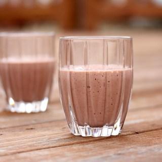 Power Raspberry and Yogurt Smoothie