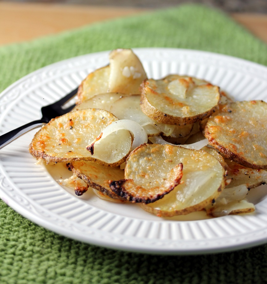 Parmesan Roasted Potatoes - Lisa's Dinnertime Dish for Great Recipes!