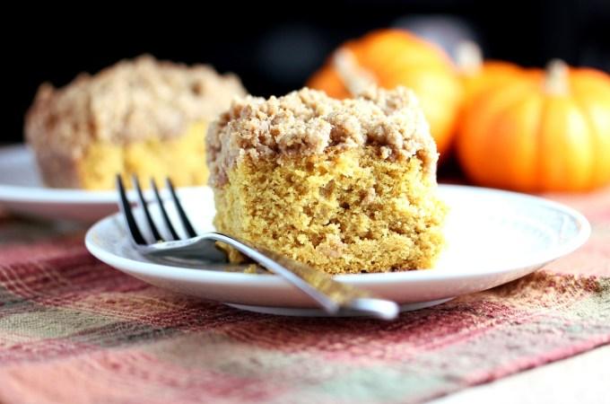 Lisa's Dinnertime Dish:  Pumpkin Crumb Cake