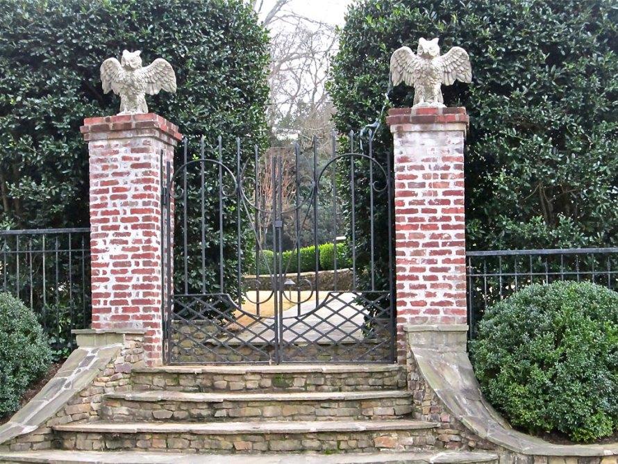 owl gates