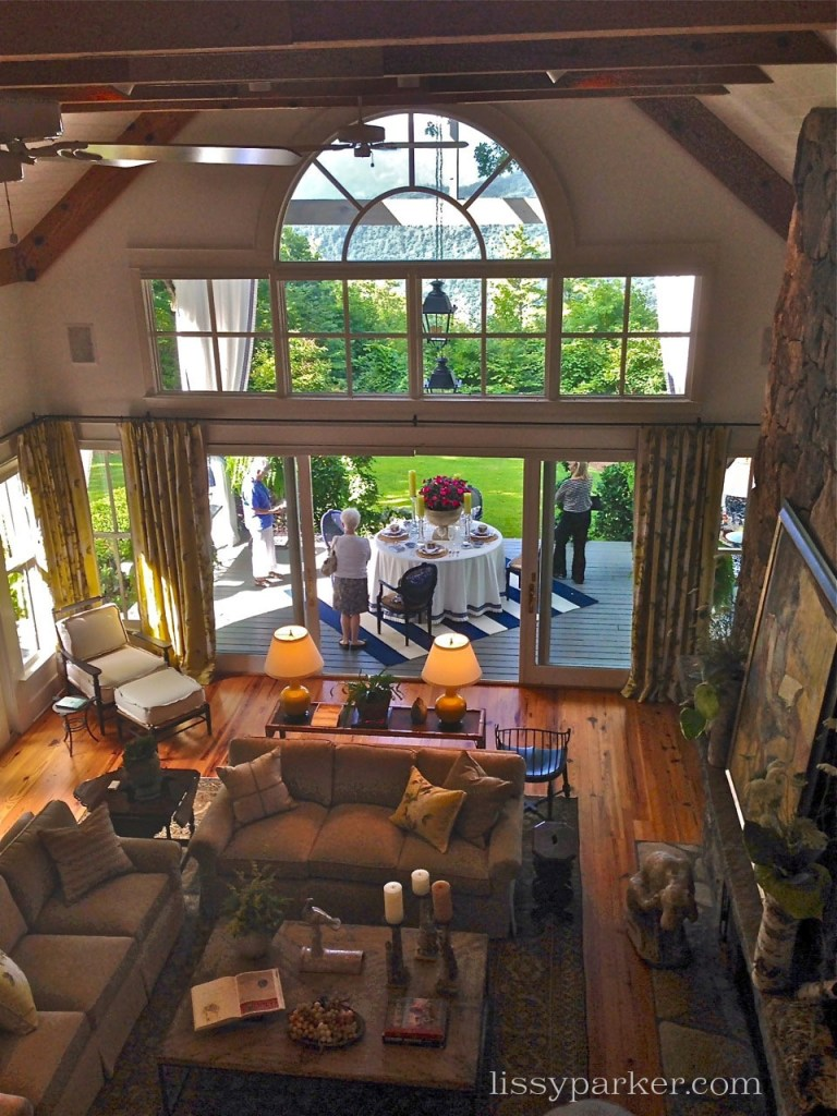 Carole Weaks of Atlanta, designed the large two story family room