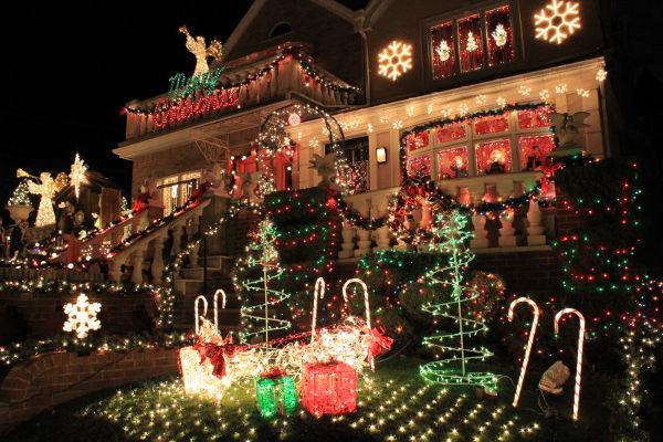 Top 8 Casas Decoradas Com Luzes De Natal Lista Mulher