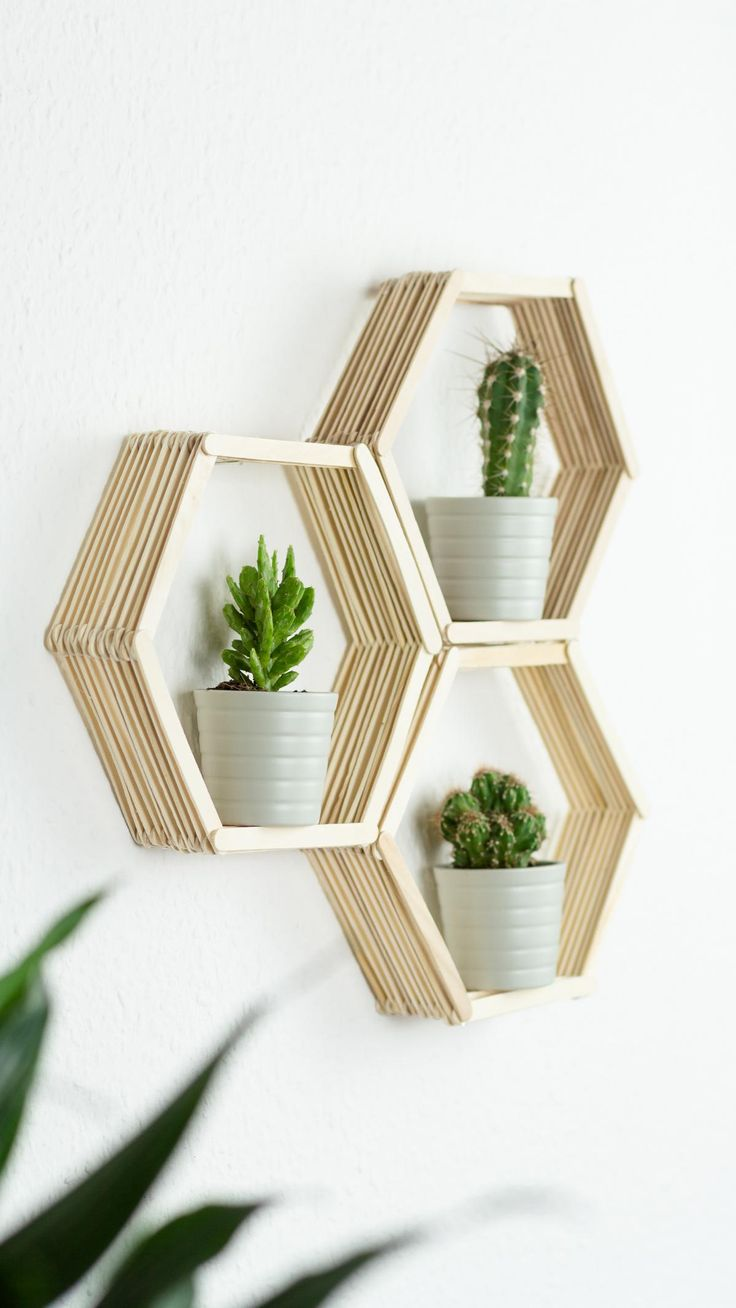 Diy Home Diy Wandregal In Wabenform Basteln Schöne Günstige Diy Zimmer Deko Idee Aus Listfender Leading Inspiration Magazine Shopping Trends Lifestyle More