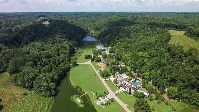 $9,900,000 - 6Br/9Ba -  for Sale in Leipers Fork, Franklin