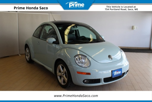 2010 Volkswagen New Beetle Coupe Manual (PZEV) For Sale in Saco, ME