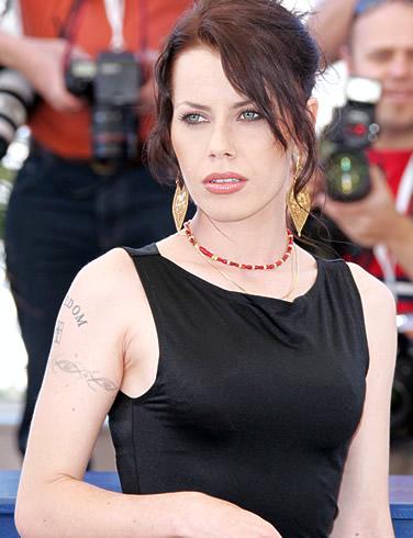 Top 10 unusual but beautiful women listverse