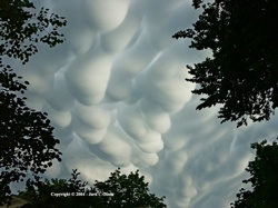 02-Mammatus-Clouds-1