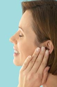 how to get rid of mucus behind the eardrum