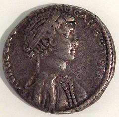 300Px-Cleopatraviicoin