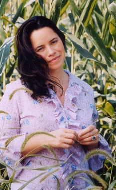 Natalie-Merchant-Sc01