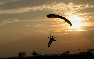 Skydiving-Parachute-16
