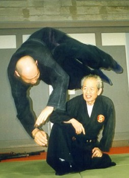 Hatsumi Masaaki Clip Image001 0002.Jpg