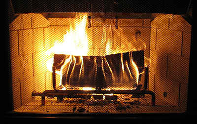 822-Roaring-Fire - 10 Skills Every Man Should Have €� WOWrly