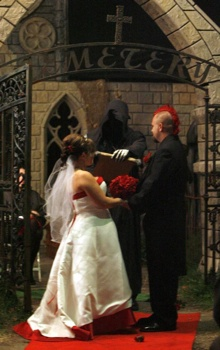 Hauntedwedding1