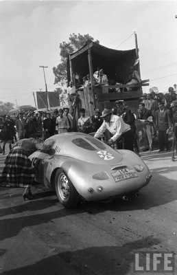 El Carrera Panamericana En Blanquinegro