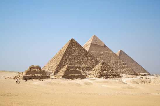 3-Pyramids-Of-Giza