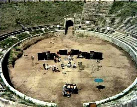 Pink Floyd Live At Pompeii-0
