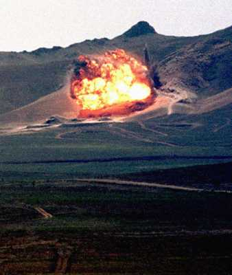 Explosion-Semipalatinsk-Moratoire