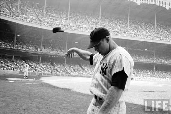 Mickey-Mantle-Helmet-Toss-Dominis-Life