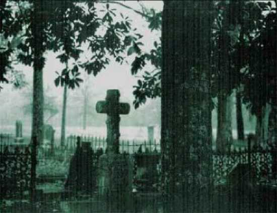 Chapelgraveyard