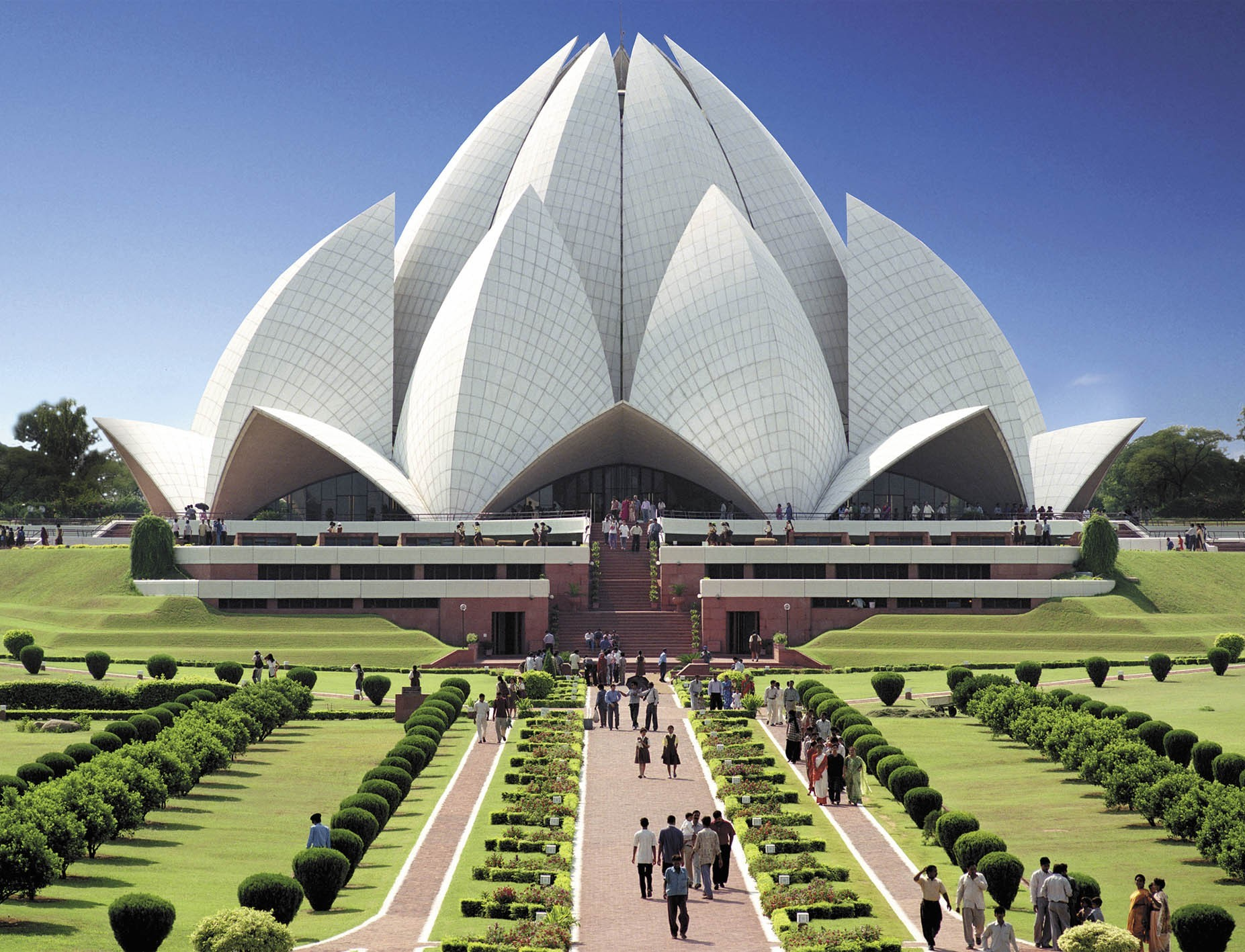 Top 10 stunning religious buildings in images listverse for Religious buildings in india