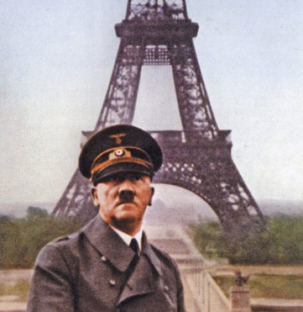 hitler by the eiffel tower