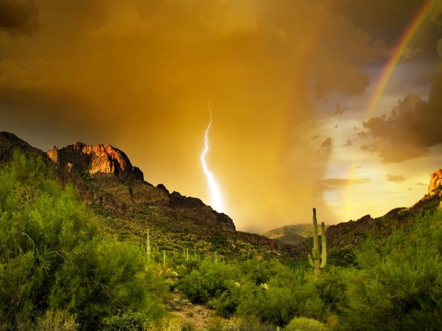 superstition-mountains_3614_990x742.jpg?