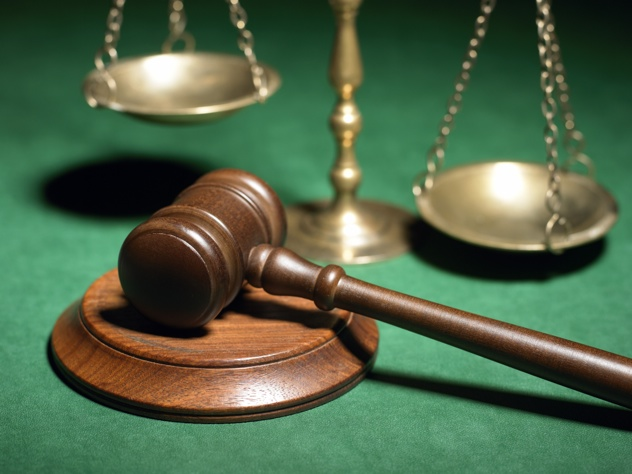 Scales-Of-Justice-Gavel 4