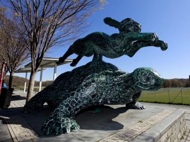 Tortoise-Hare-Sculpture