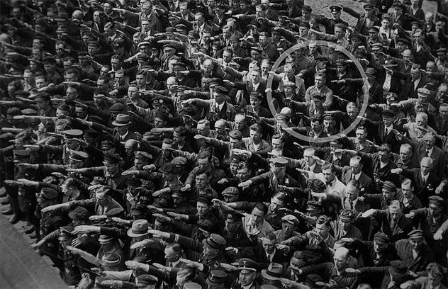 2- nazi salute