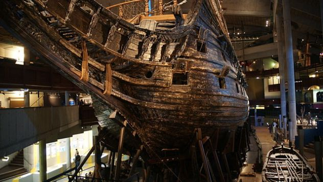 640px-The_Vasa_from_the_Bow