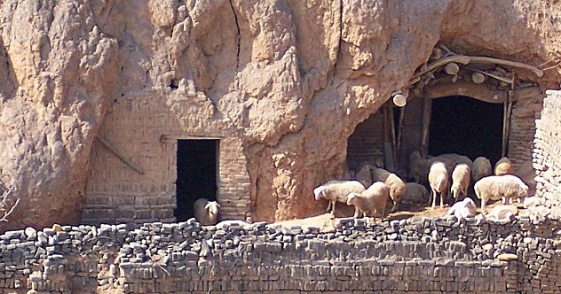 1280px-Cave_houses_shanxi_3