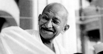 Mahatma_Gandhi_laughing_FI
