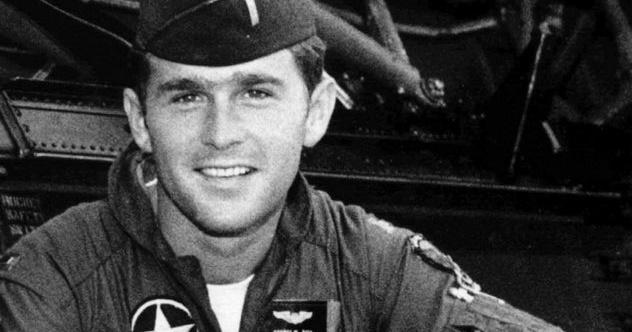 1_GW-Bush-in-uniform