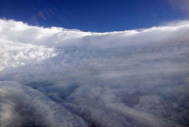 9_470566main_2006_hurricanes_eyewall