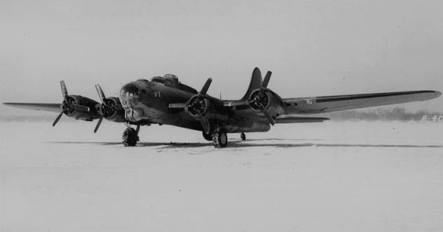 Boeing YB-40