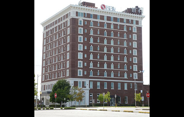 6-severs-hotel