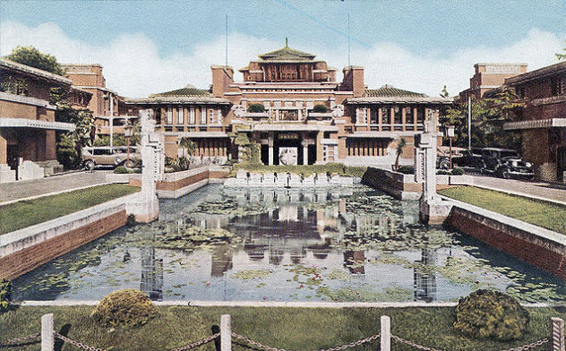 8-imperial-hotel-use-this-lloyd-wright