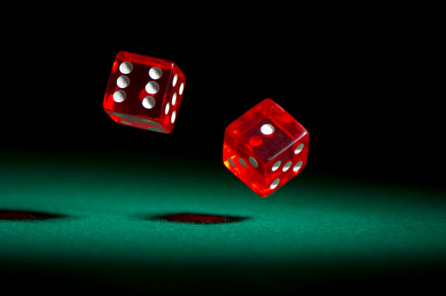 1-dice_000019930635_Small