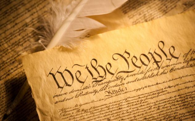 10-constitution_000017000386_Small