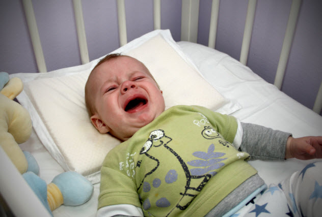 5-crying-baby_000009505027_Small