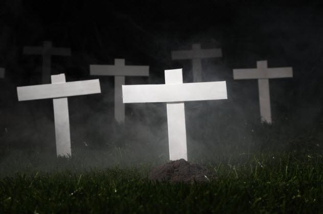2-graveyard_000073474513_Small