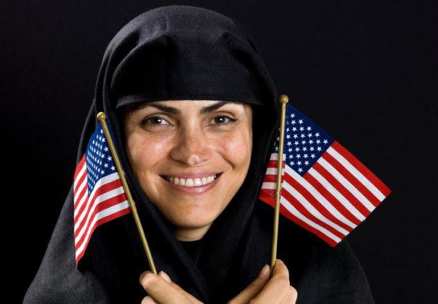 3-iranian-waving-american-flags_000016042724_Small