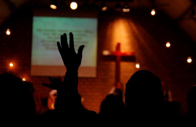 8-church_000038394198_Small