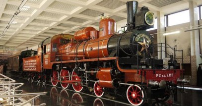 9-feature-soviet-train