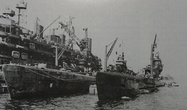 9-i-401-submarine