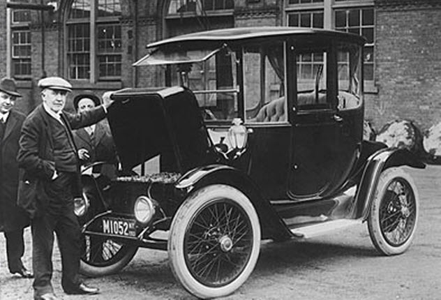 1-early-electric-car